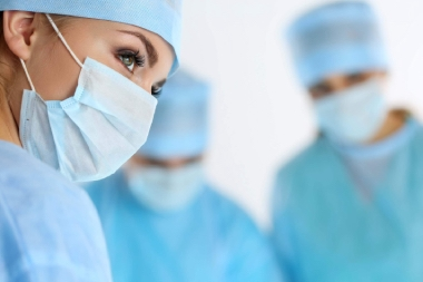 surgery veterinarian